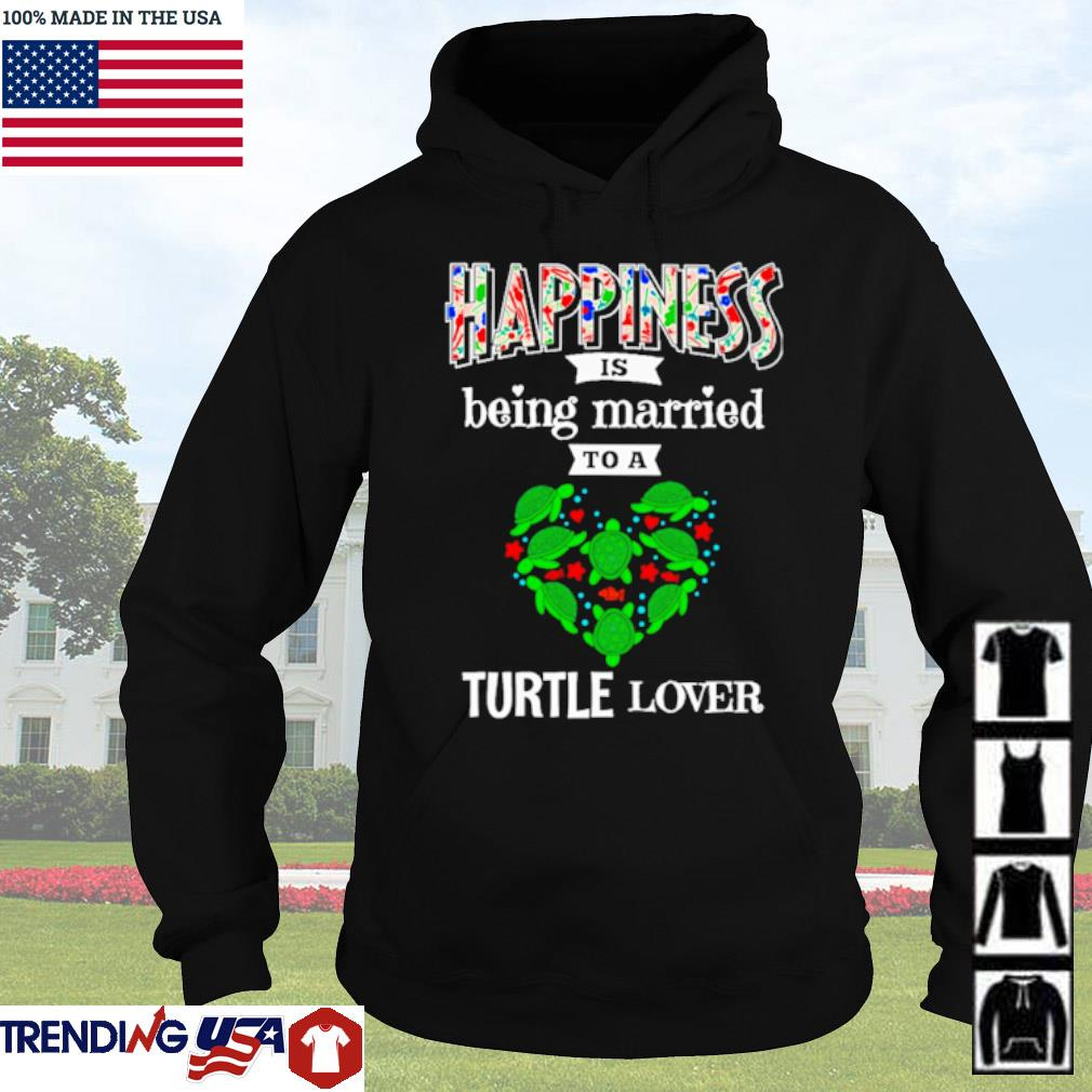 Happiness is being married to a turtle lover Christmas sweater Hoodie